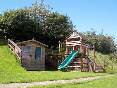 Climbing frame and Wendy House at Robin Hill Farm Cottages North Devon
